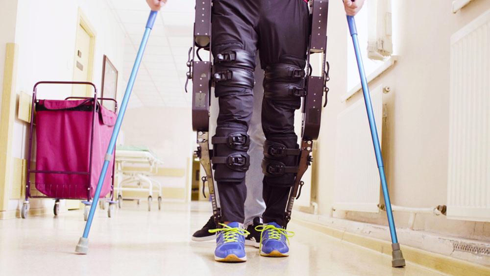 CK*Trends: Roboter zum Anziehen - Wie Exoskelette diskret unseren Alltag erobern